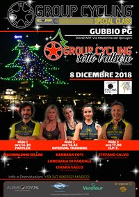 GROUP CYCLING SOTTO L'ALBERO